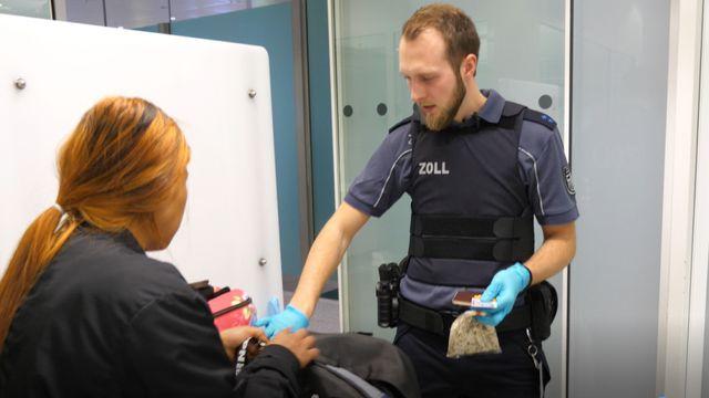 Zoll am Flughafen München: Einfuhrbestimmungen und Reisefreimenge   CHIP