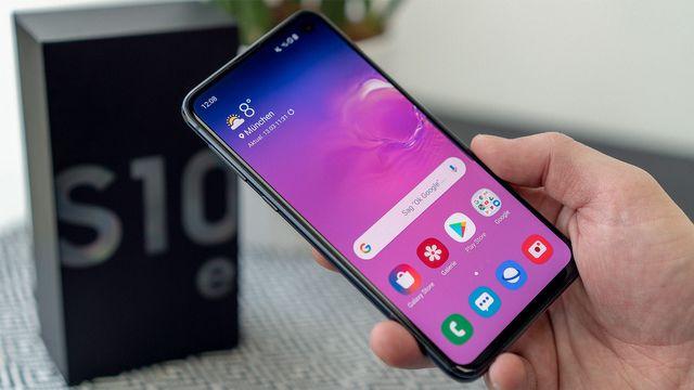 Samsung Galaxy S10e im Test