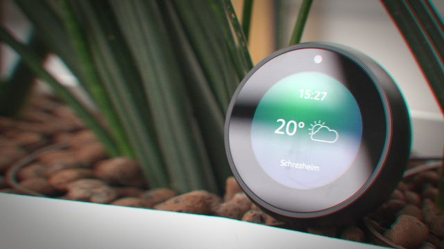 Amazon Echo Spot in der Review