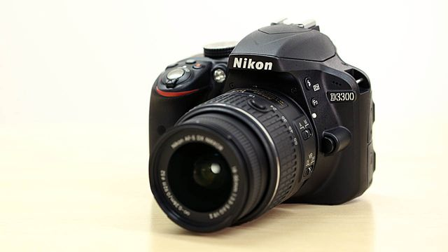 Nikon D3300 - Unboxing & Test