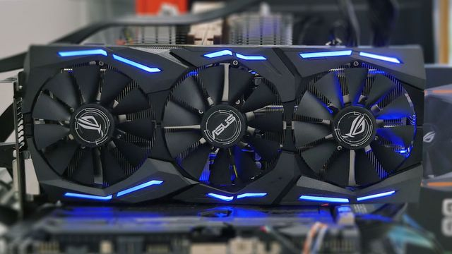 Grafikmonster: Asus GeForce GTX 1080 Strix im Review